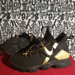 "Rare Gold NIKE iD Lebrons ""Just a Kid from Akron"""